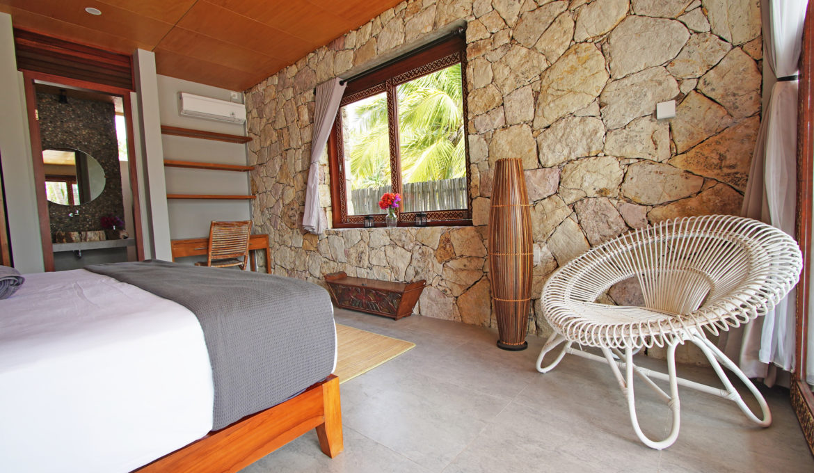 Deluxe Double/Single room with Beach and Pool view
